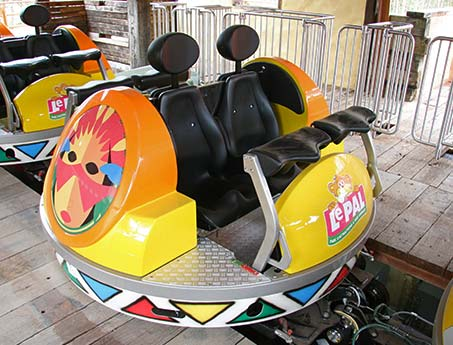 Spinning Coaster Car